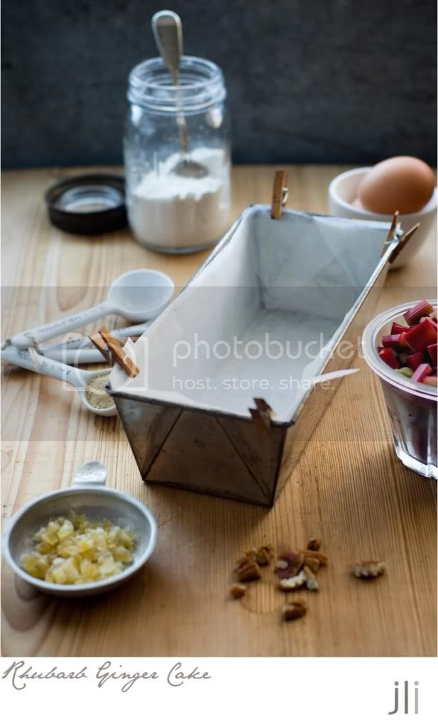 rhubarb ginger cake