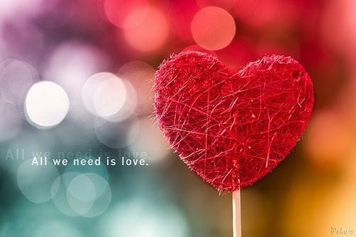 """""""Quem ama nunca desiste,porém suporta tudo com fé,esperança e paciência.""""1 Cor 13:7"""
