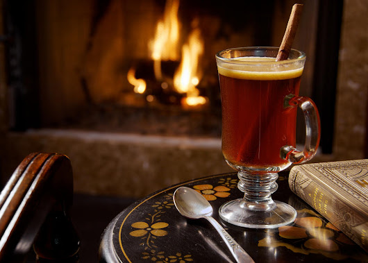 Purely Spectacular November Cocktails To Warm The Soul | Raise Your Spirits