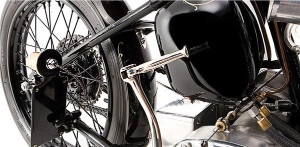 custom motorcycles Ian Barry