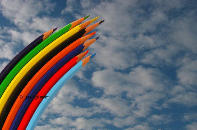μολύβια ουρανός ουράνιο τόξο χρώματα