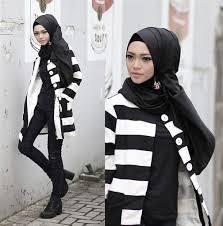 Model Baju Muslim Casual Modern Wanita Terbaru