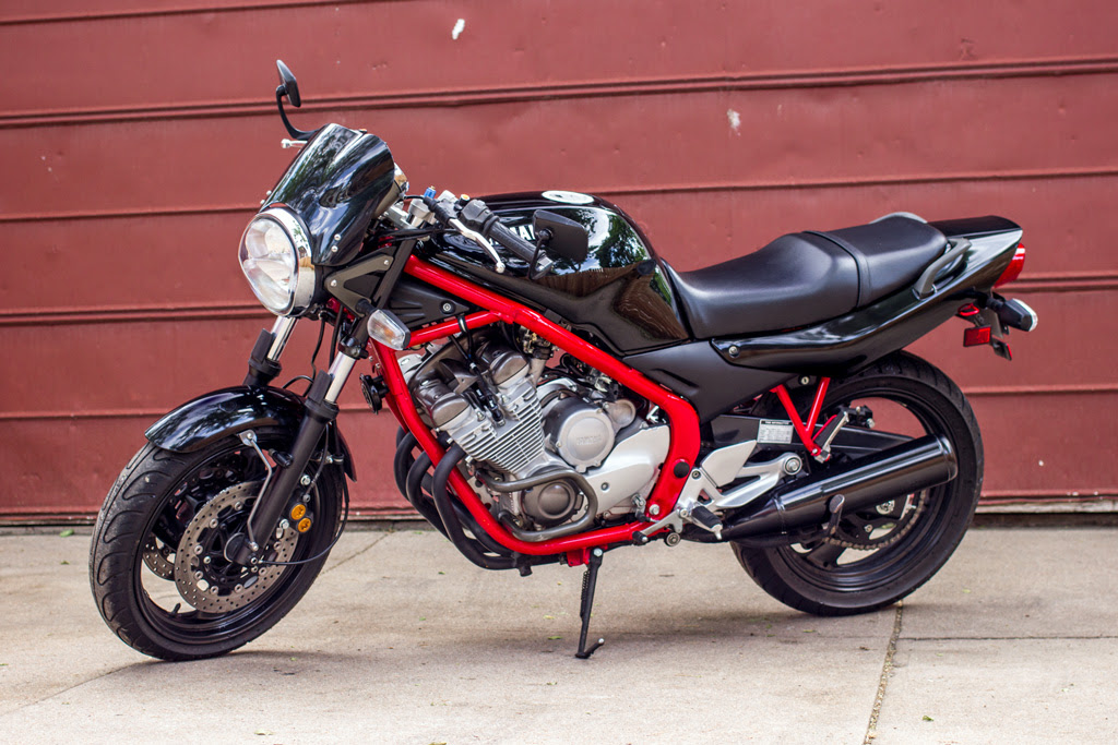 Finch gets naked: A 1994 XJ600S conversion project. - Page