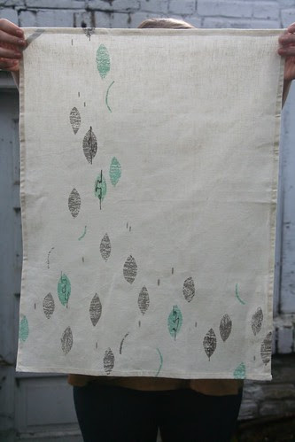 05 Gezellig_leaves towel
