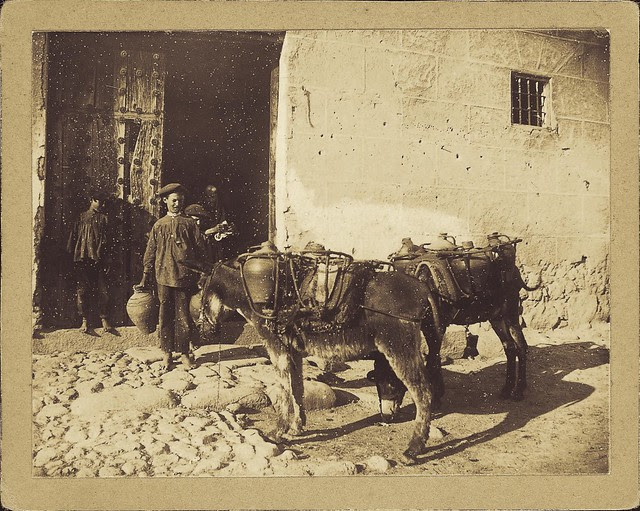 Azacán en Toledo a principios del siglo XX. Fotografía de D. Pedro Román Martínez. Diputación de Toledo, Centro de Estudios Juan de Mariana