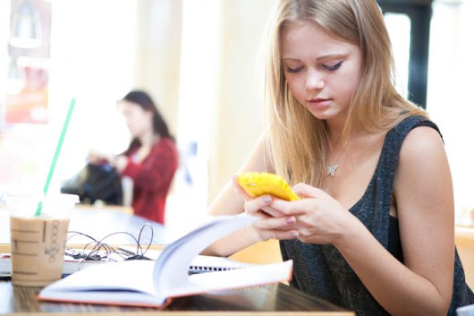 Temptation to text proves too much for students, even when inappropriate