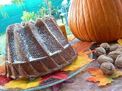 pumpkin bundt cake 2.jpg
