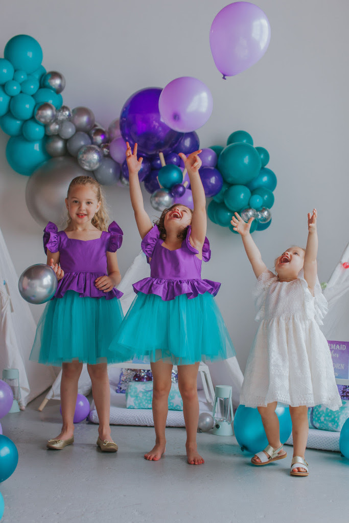 little girls little mermaid ariel birthday party 7