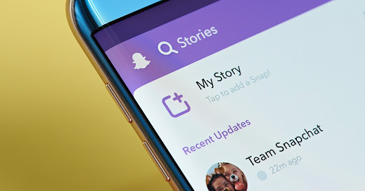 Snapchat is Moving Back to a Chronological Feed (For Some) - Search Engine Journal