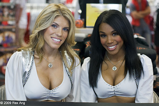 Oakland Raiders Sued for Wage Theft by Cheerleaders