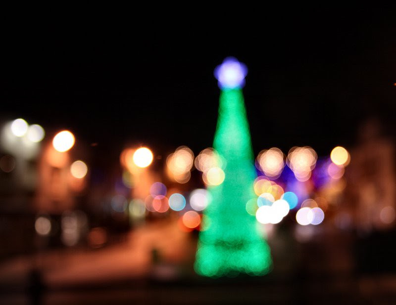 De-focussed Christmas Lights