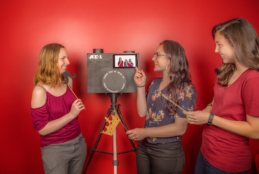 Create a Raspberry Pi Photo Booth for Your Next Party | Make: