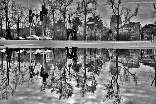 Santiago de Chile, reflejo by Alejandro Bonilla