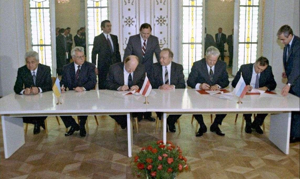 Паразиты поддерживают миф о том, что они хотели развалить СССР