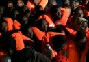 Migranti, operazione di salvataggio a nord della città costiera libica di Sabratha