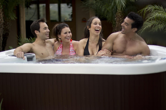 Lifesmart 400DX 5-Person Rock Solid Plug & Play Spa | Lifesmart Hot Tub