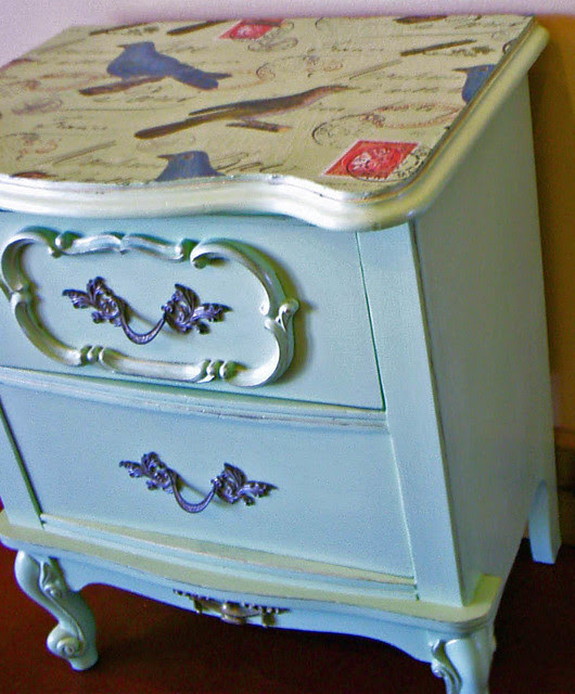 French-Provincial-nightstand