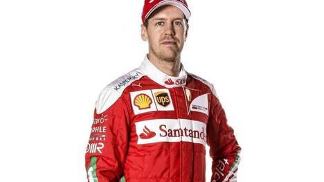 """m01 MARANELLO (ITALIA), 19/02/2016.- Imagen facilitada hoy, 19 de febrero de 2016, por la Oficina de Prensa de la escudería Ferrari, que muestra al piloto alemán de Fórmula Uno, Sebastian Vettel, en la presentación del nuevo modelo """"SF16-H"""" para la temporada 2016 en Maranello, Italia. EFE/OFICINA DE PRENSA DE FERRARI/COLOMBO/ SÓLO USO EDITORIAL/PROHIBIDA SU VENTA"""