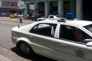Esquina de Zanja y Belascoaín, en Centro Habana_foto cortesía de la autora