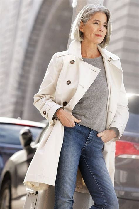 Casual Clothes for 60 Year Old Woman ? Plus Size Women Fashion