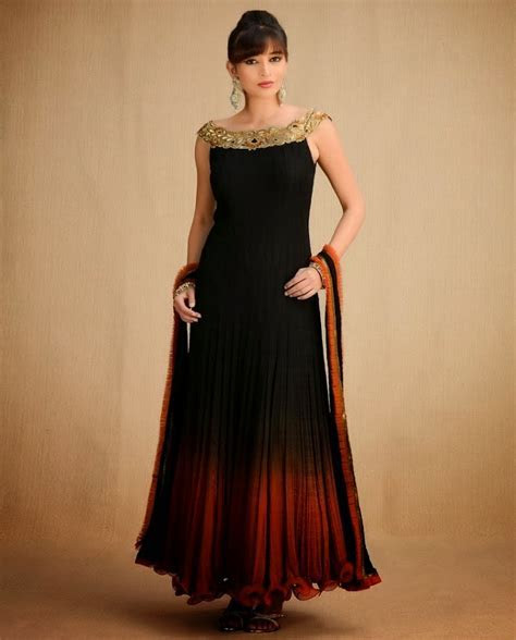 Top Designer Wedding Dresses 2013 14   Beautiful Indian