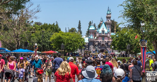 Disneyland Low Carb Options: What to Eat and Avoid | Keto Vale