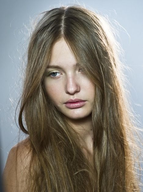 Cool Straight Hair Styles: Layered hairstyles with bangs for medium length hair pictures 2