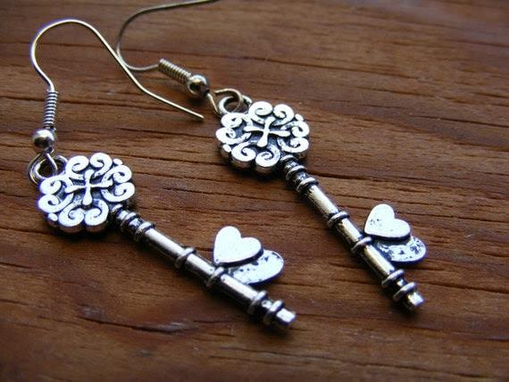 Earrings Silver Key To My Heart