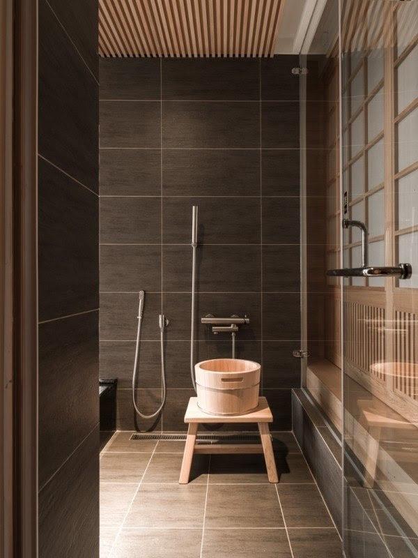 Japanese bathroom de