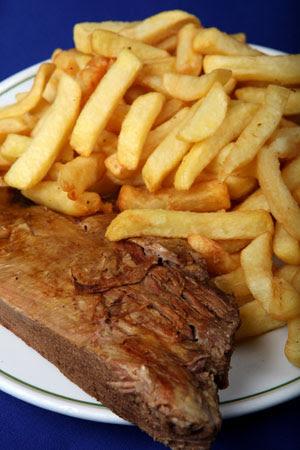 ¿Cuáles son los 5 alimentos que más hacen engordar? | Vida ...