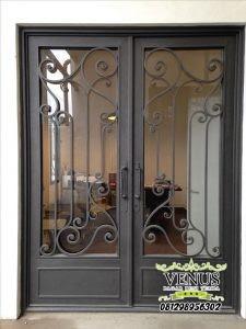 Model Teralis Pintu 2 Daun