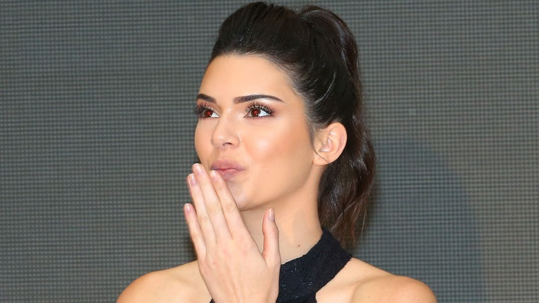 Clues that all of Kendall Jenner's romances are fake