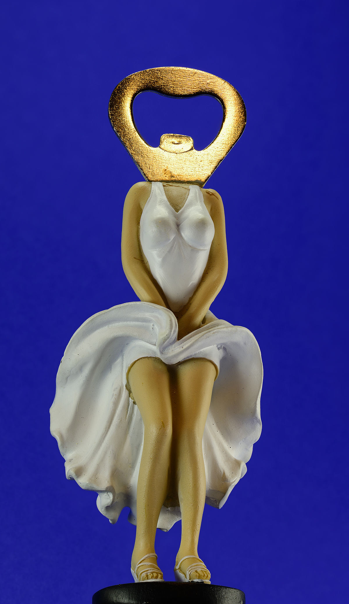Marilyn Monroe bottle opener 2.jpg