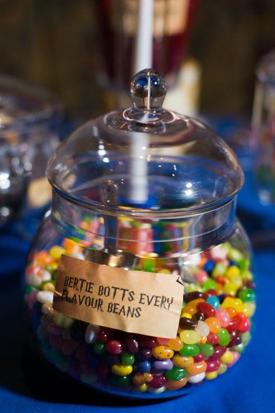 Bertie Botts Bohnen jeglicher Geschmacksrichtung machen Sie Ihre Süßigkeiten-Tabelle erstaunlich