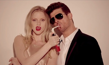 What rhymes with disaster? Robin Thicke trolled hard in Twitter Q&A