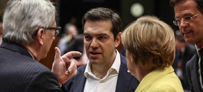 Spiegel: Γιατί ο Τσίπρας κινδυνεύει να καταρρεύσει πολιτικά