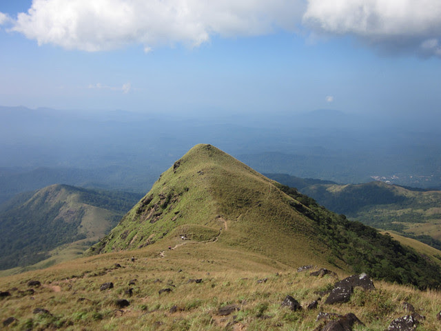 Kumara_Parvatha_Trek_Pushpagiri_Top_Ciming_Down2