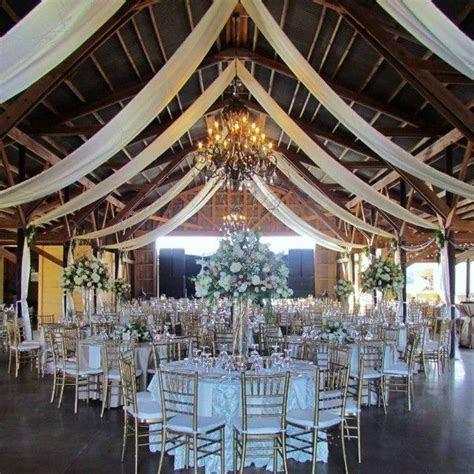 Best 25  Country barn weddings ideas on Pinterest