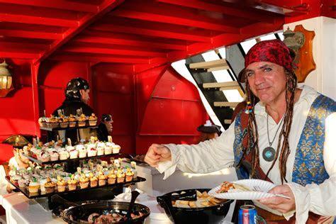 Pirate Weddings   Captain Memo's Pirate Cruise