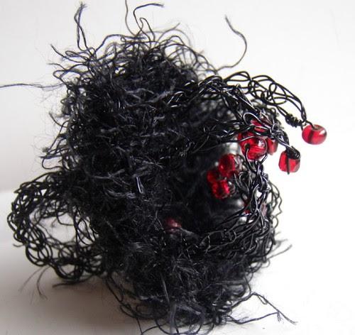 tarantula wire and fibre ring