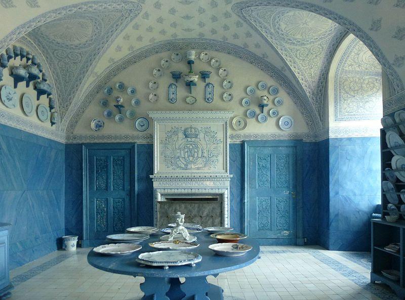 File:Drottningholm porslinsrummet 2011.jpg