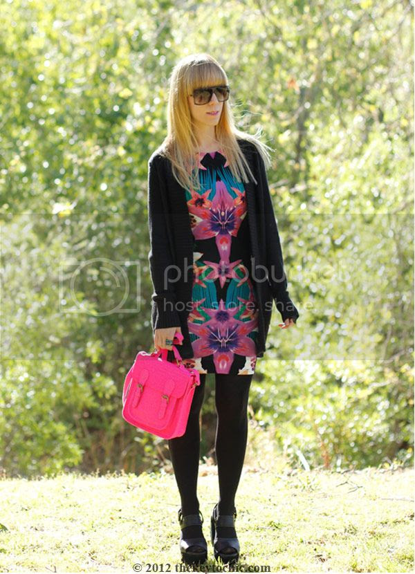 Lipsy tropical dress, Marni at H&M sunglasses, Ge WaWa Flora, pink neon Xhilaration handbag, southern California fashion, Los Angeles style