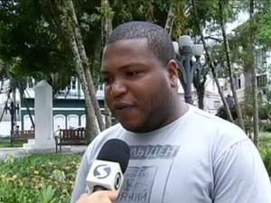 Hugo Vilela, coordenador municipal da Juventudade de Angra dos Reis, RJ (Foto: Reprodução/TV Rio Sul)