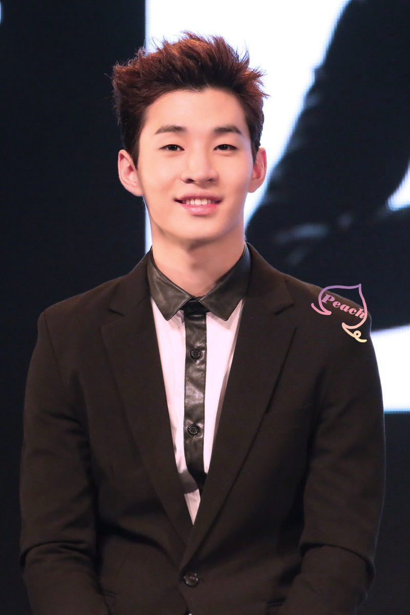 SUPER JUNIOR–M 'SWING' Press Conference – Henry | Part 3 ...