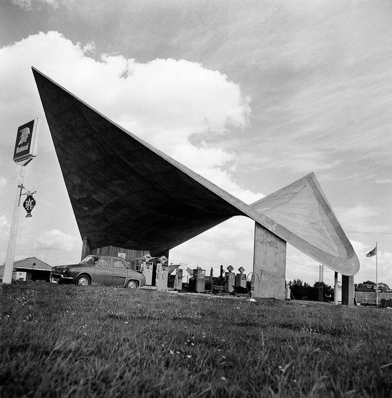 The Amazing Architectural Evolution of the Filling Station
