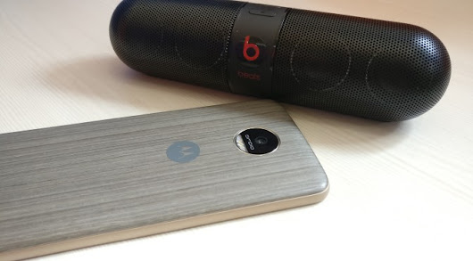 Motorola Moto Z Droid by Lenovo and Beats Pill 2.0 Speaker by Beats Compatibility