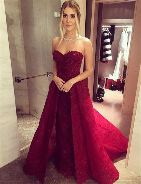 Sweetheart Burgundy Lace Two Pieces Prom Dresses With