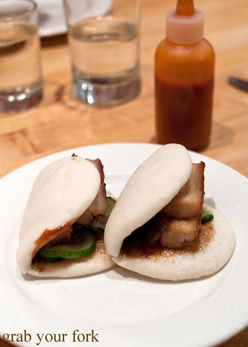 momofuku pork buns at momofuku noodle bar nyc new york david chang