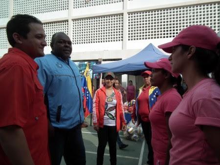 Mimou Vargas presidió el acto donde se promovió la actividad deportiva en el penal tequeño