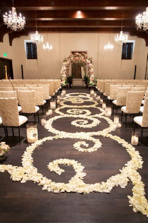 Beautiful and Romantic Petal Wedding Aisle Runners
